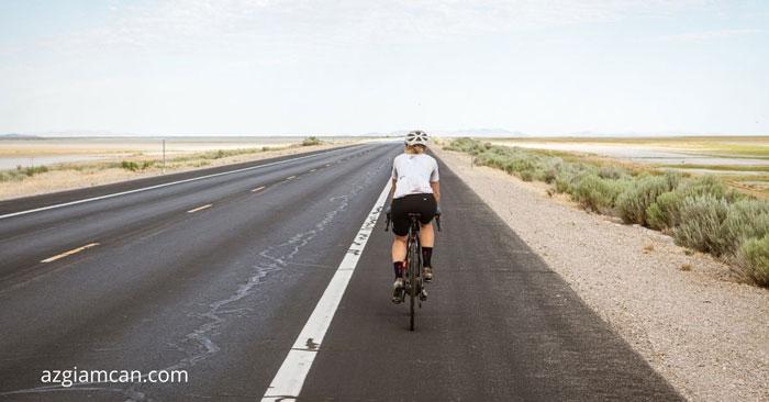 đạp xe đạp trên đường ngoài trời tiêu hao bao nhiêu calo