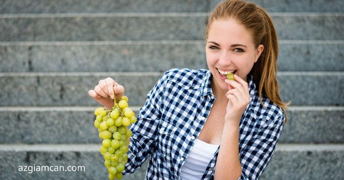 cách ăn nho không béo và giảm cân
